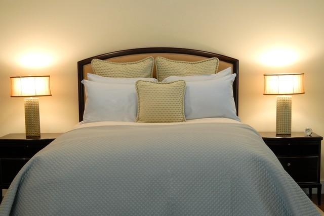 East Hampton, New York traditional-bedroom
