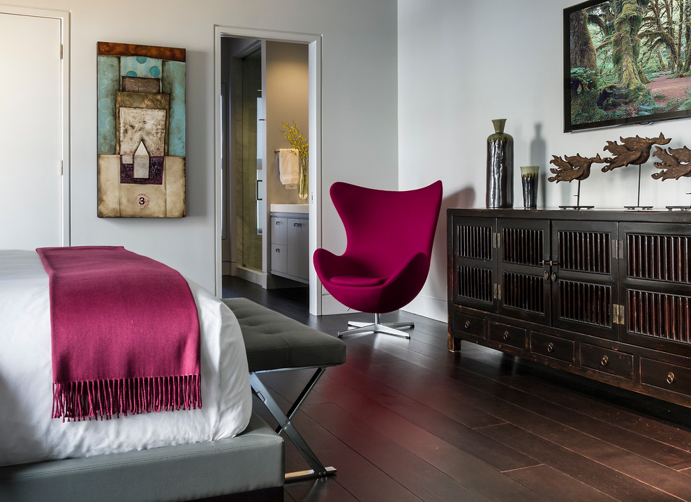 Inspiration for a contemporary dark wood floor bedroom remodel in Chicago