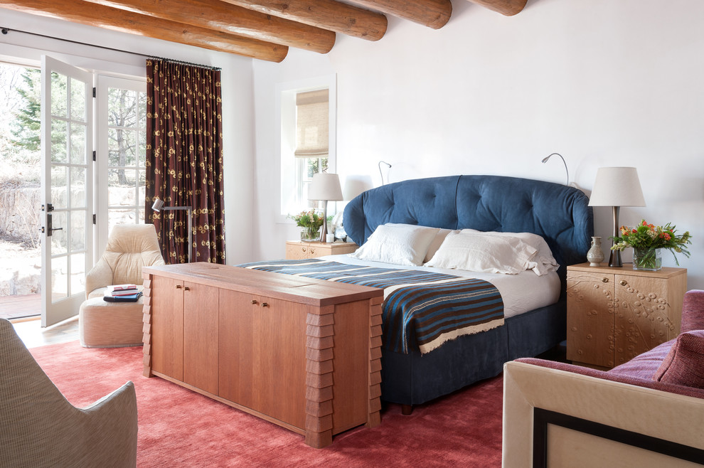 Southwest bedroom photo in Albuquerque with white walls