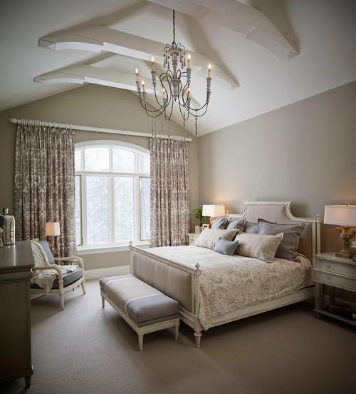 пастельные тона Классической спальни
