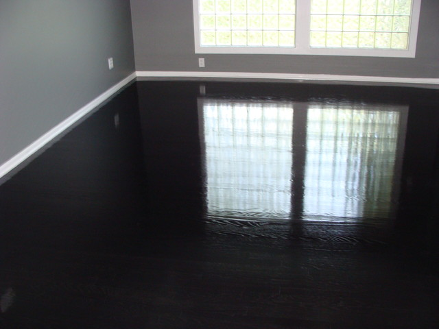 black and red lacquered wood high end platform bedroom | Ebony High-gloss wood floors - Modern - Bedroom - Kansas ...