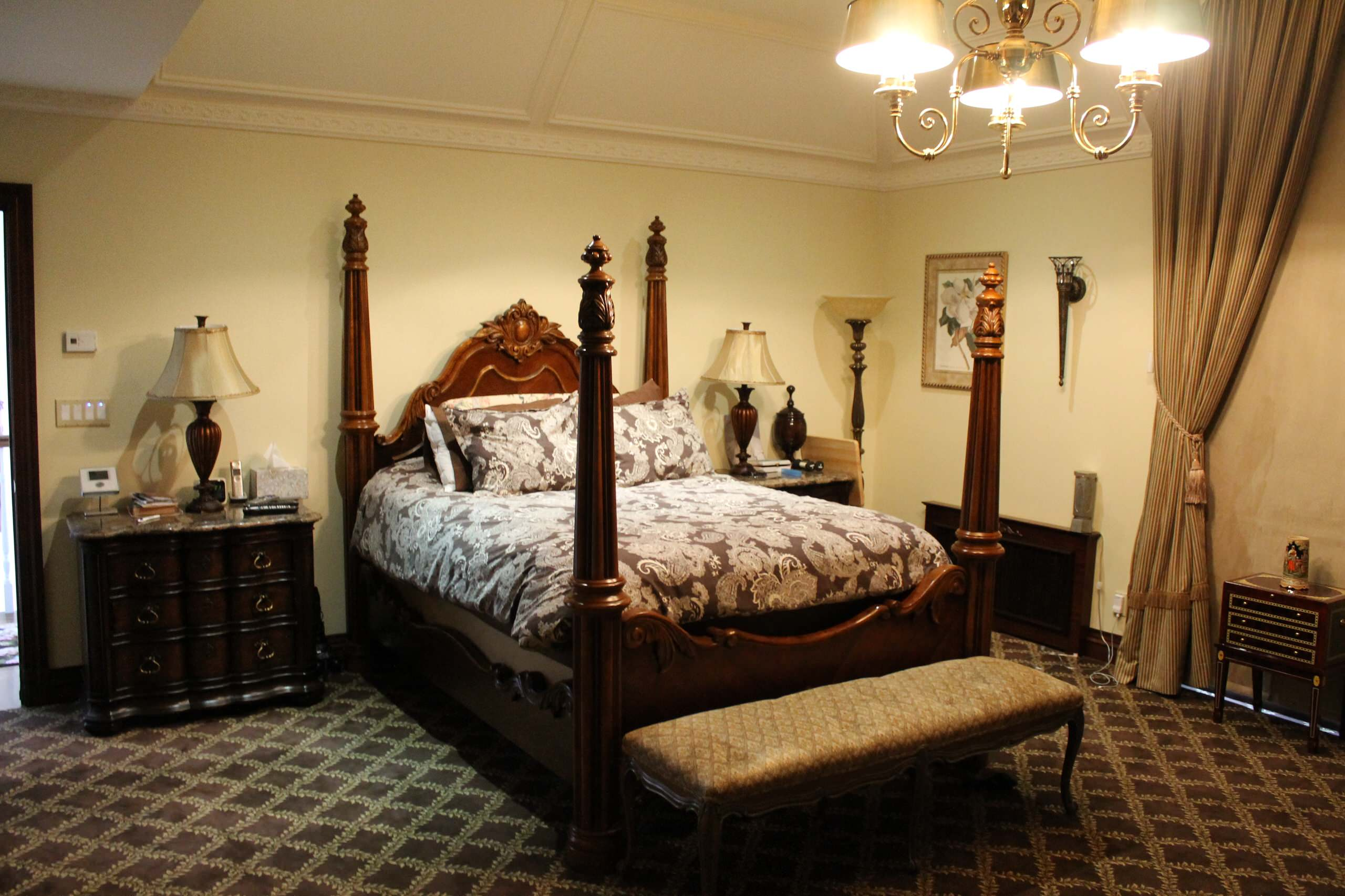 Eclectic bedroom Lawrence, NY Home