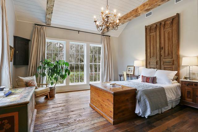 Eclectic industrial farmhouse for Camera da letto moderna sud ovest