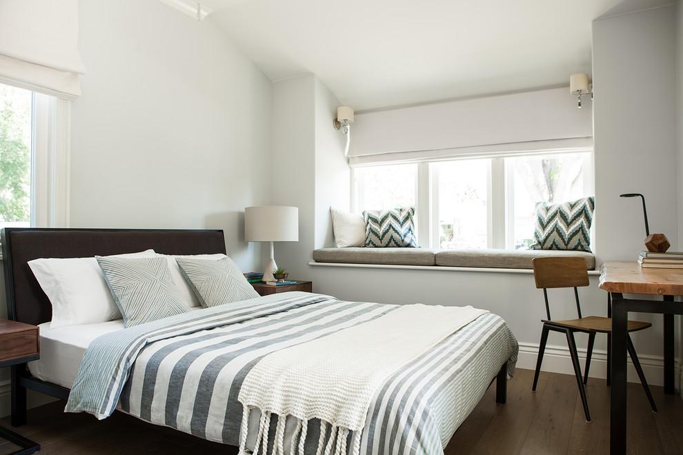 Bedroom - mid-sized modern guest medium tone wood floor bedroom idea in San Francisco with gray walls
