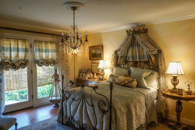 Genial Elegant English Country Townhouse Traditional Bedroom Phoenix