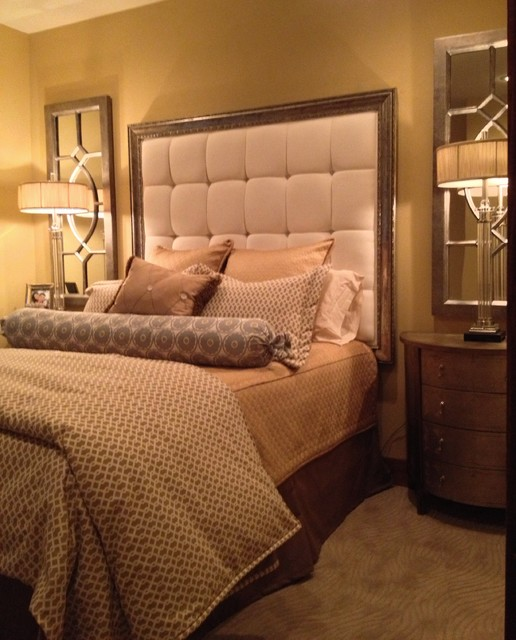 Elegant Master Bedroom in a small space. - Traditional ...