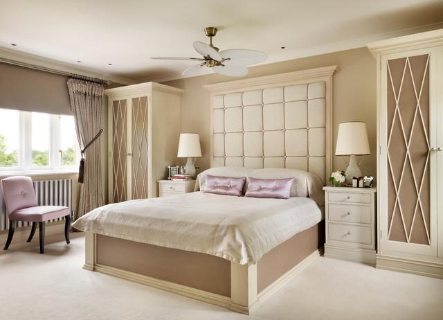 elegant master suite stoneleigh project classique chic chambre midlands de l 39 ouest par. Black Bedroom Furniture Sets. Home Design Ideas