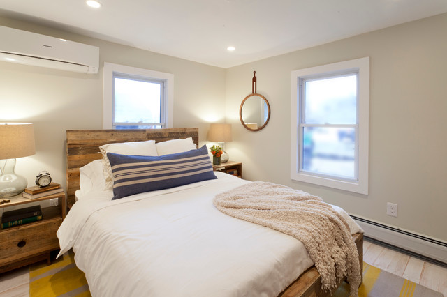 Ellen Show Sandy Master Bedroom Beach Style Bedroom New York By Brunelleschi Construction