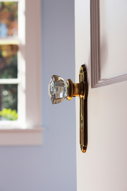 Emory Doorknobs traditional-bedroom