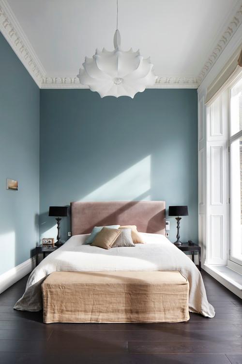 quelle est la r f rence couleur de la peinture sur les murs bleus. Black Bedroom Furniture Sets. Home Design Ideas
