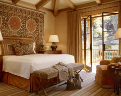 Enchanted Oaks traditional bedroom