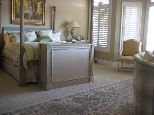 End of Bed TV Lift furniture Ritz Design, built by Cabinet Tronix ...