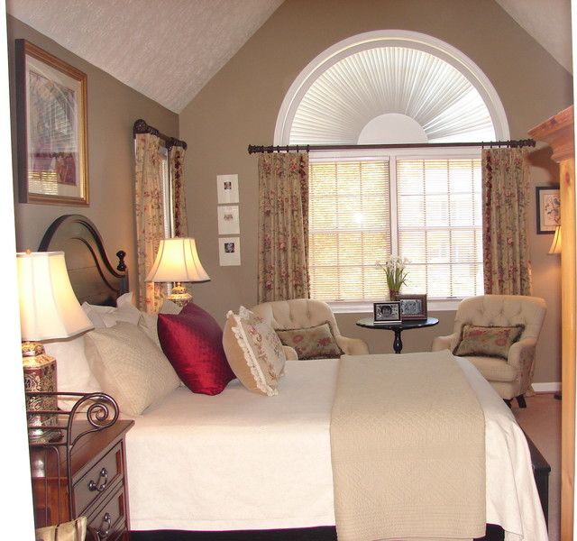 English Country Master Bedroom - Traditional - Bedroom ...