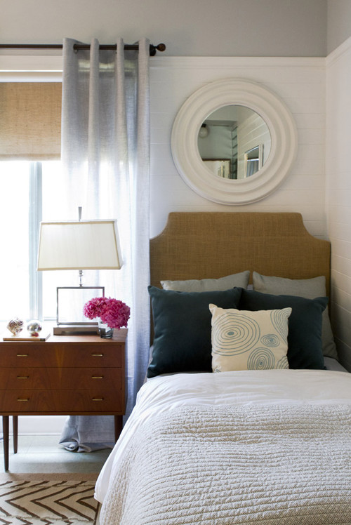 Erica Islas for Good Shepherd Charity Project contemporary bedroom