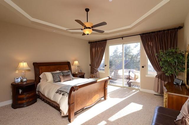 Escavera traditional-bedroom