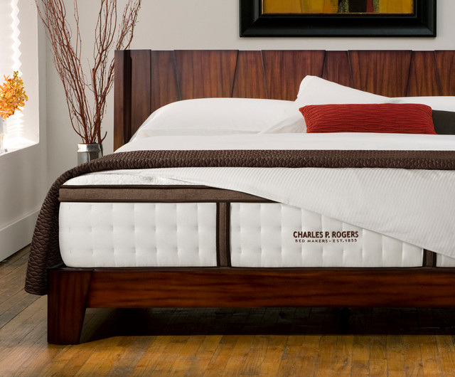 Barcelona Platform Bed Review