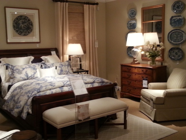 ethan allen showroom. Black Bedroom Furniture Sets. Home Design Ideas