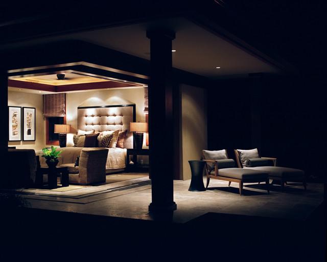 Ethnic tropical tropical-bedroom