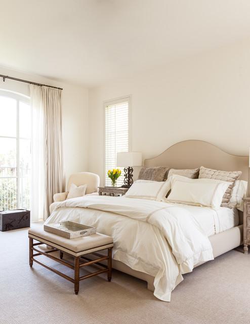 Euclid Residence mediterranean-bedroom