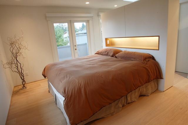 Evergreen_Modern modern-bedroom