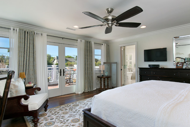 'F' Avenue Residence traditional-bedroom