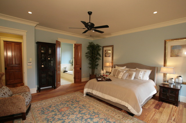 Fairhope green home craftsman bedroom for Bob chatham house plans