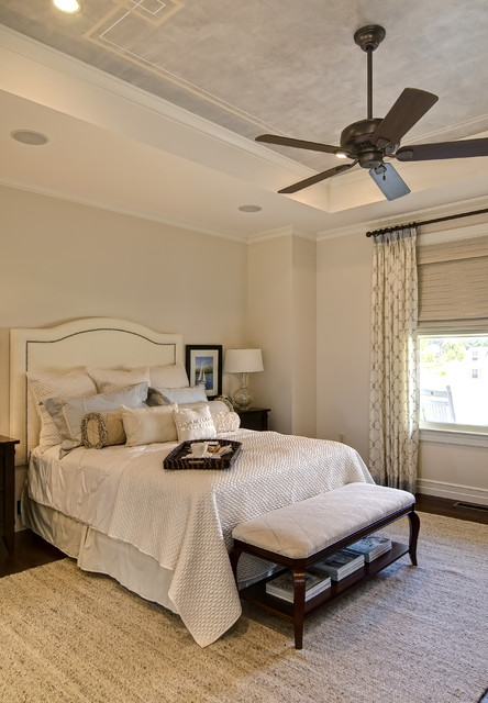 Farinelli Construction Inc eclectic bedroom