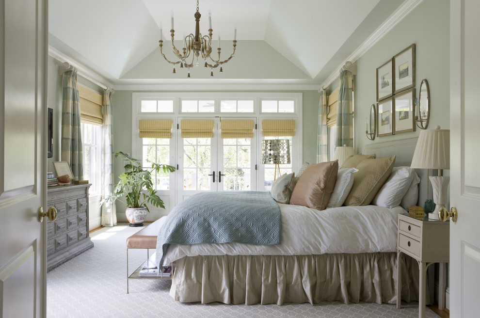 Inspiration for a timeless carpeted and gray floor bedroom remodel in DC Metro with gray walls