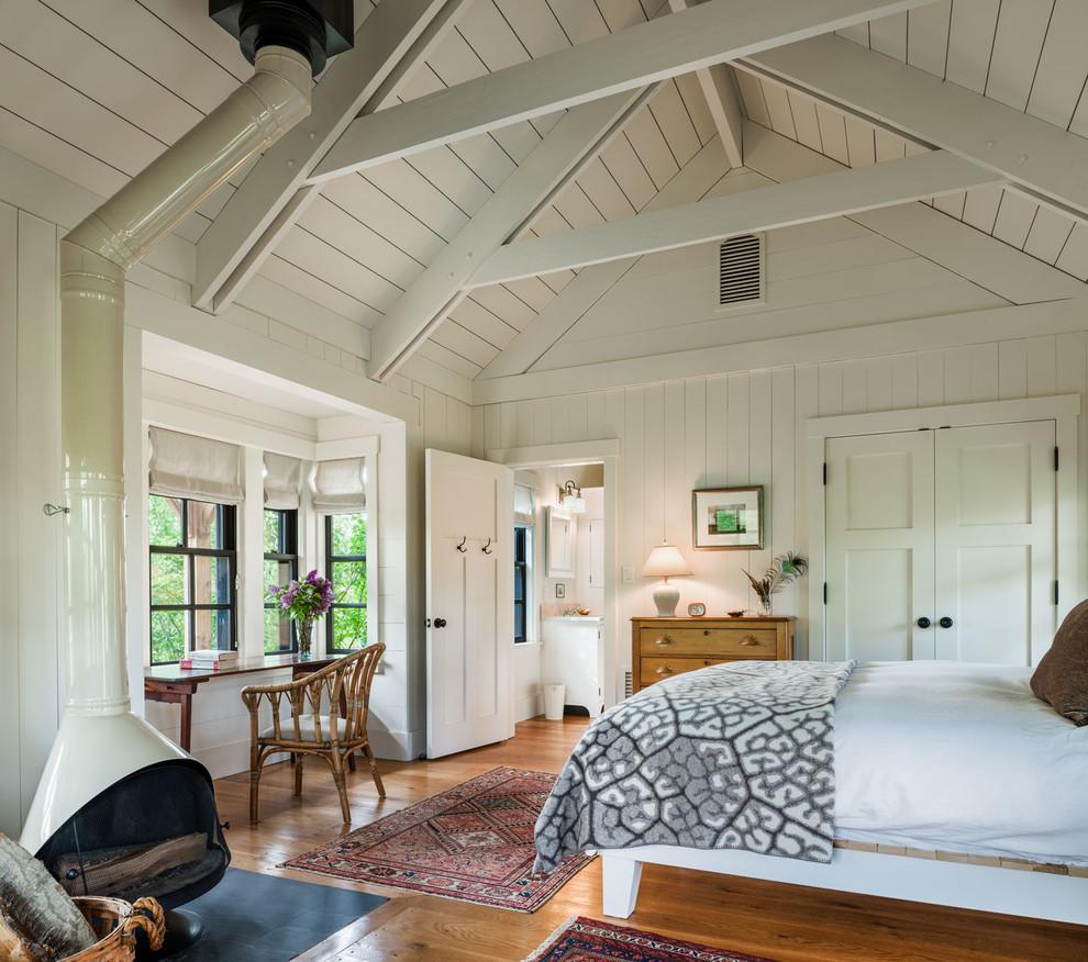 Bedroom - country bedroom idea in Philadelphia