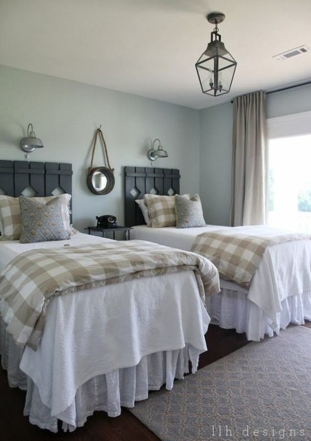 Farmhouse Country Style Bedroom Twin Bedroom Landhausstil Schlafzimmer Houston Von Superiorlinenshandmade