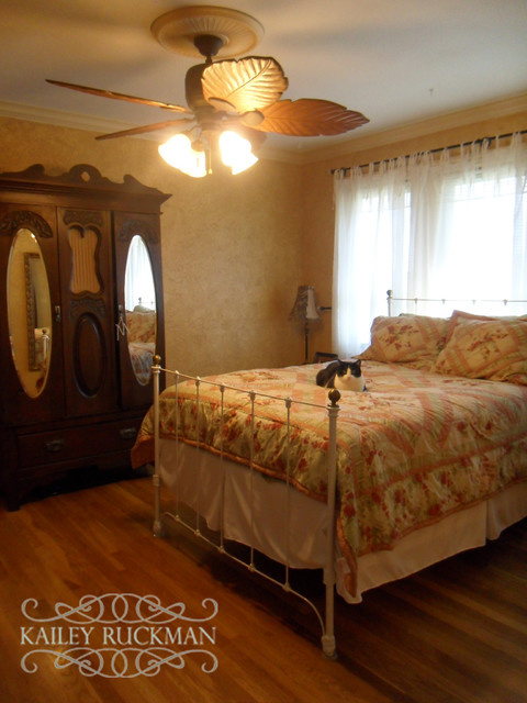 Farmhouse Reno traditional-bedroom