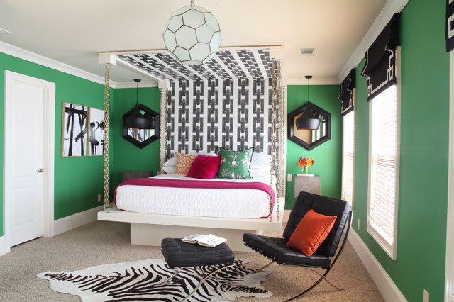 Bedroom - mid-sized eclectic carpeted bedroom idea in Atlanta with green walls