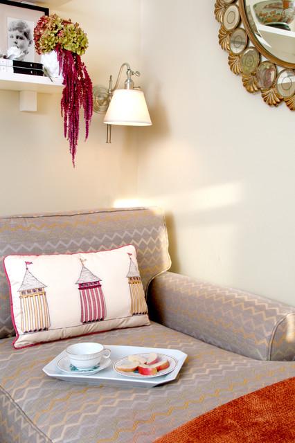 Feminine Beachouse Bedroom traditional-bedroom
