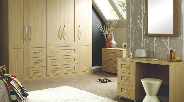 Ferra oak shaker modular bedroom furniture system for Modular bedroom furniture