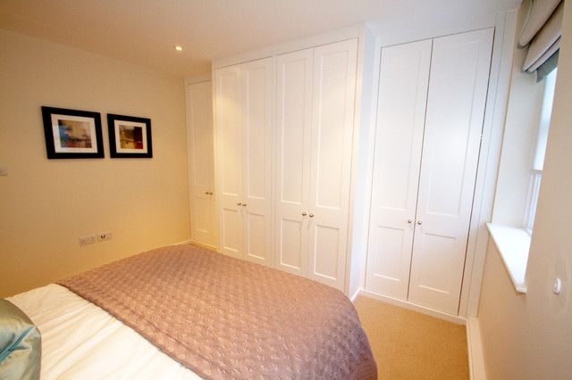 Fitted made to measure Wardrobes traditional-bedroom