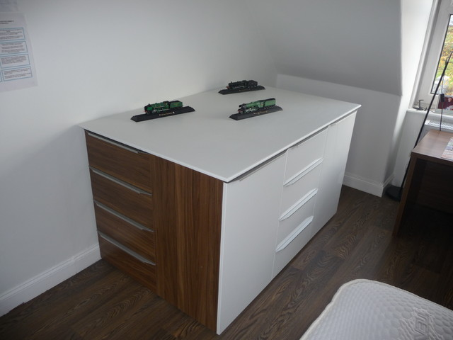 Fitted Wardrobes In Edinburgh Contemporary Bedroom