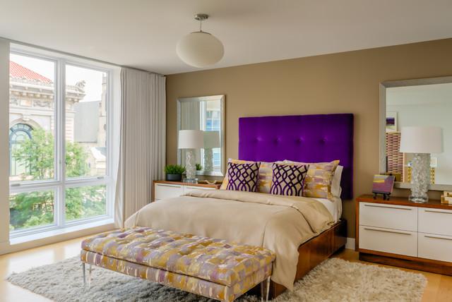 Large trendy guest light wood floor bedroom photo in Grand Rapids