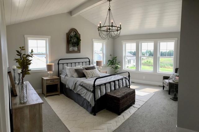 Fixer Upper-Inspired Modern Farmhouse - Landhausstil ...