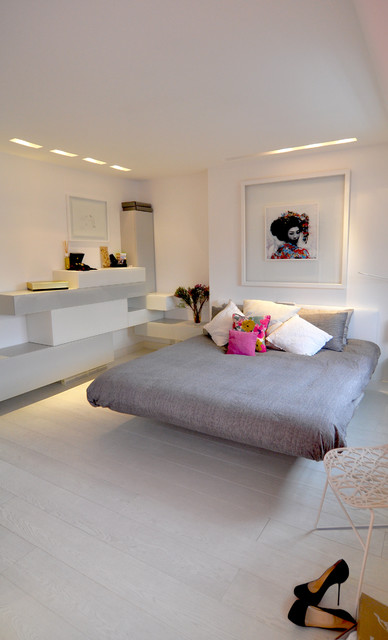 Floating away... contemporary bedroom