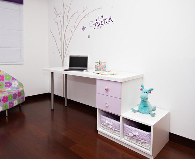 Flowers & Hearts modern-bedroom
