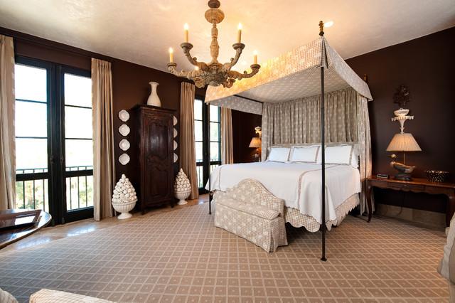 Flyway Drive Residence 3 mediterranean-bedroom