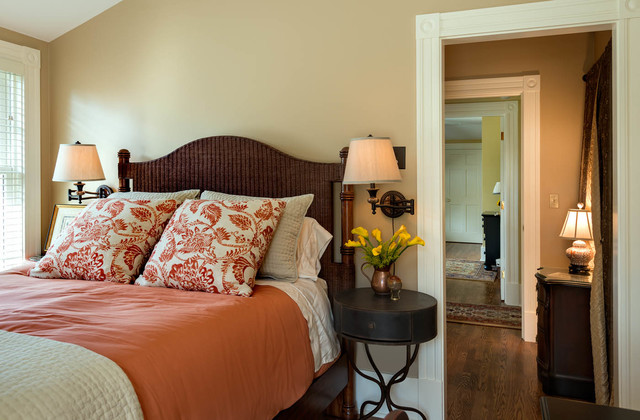 Foreside Cottage beach-style-bedroom