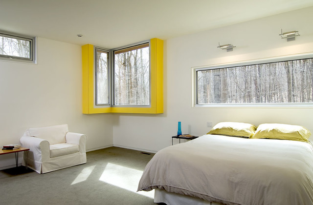 contemporary bedroom by KUBE architecture