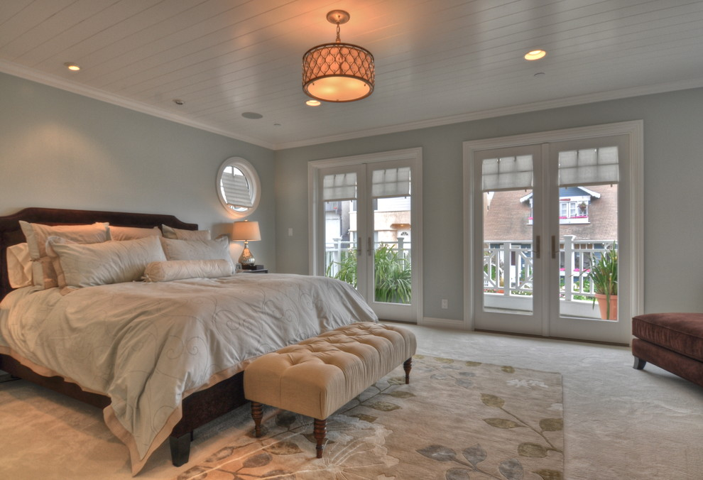 Inspiration for a timeless carpeted bedroom remodel in Los Angeles with gray walls