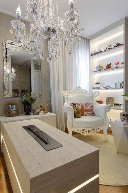 Maia Modern Bedroom Set: Frei Caneca