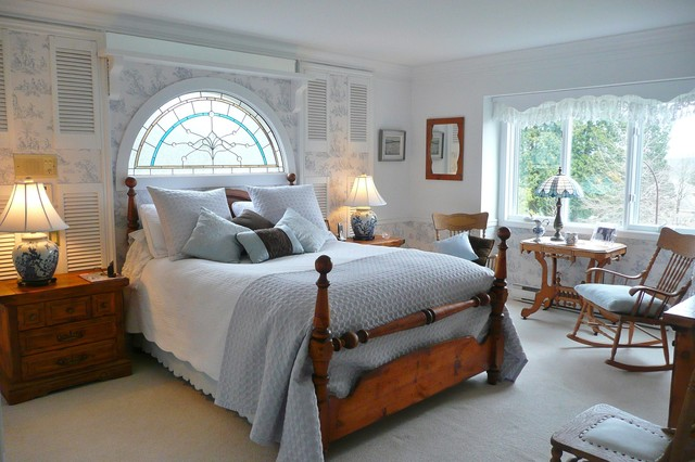 Frenchflair traditional bedroom