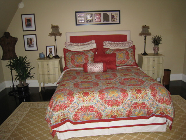 Furnishing a New Home traditional-bedroom