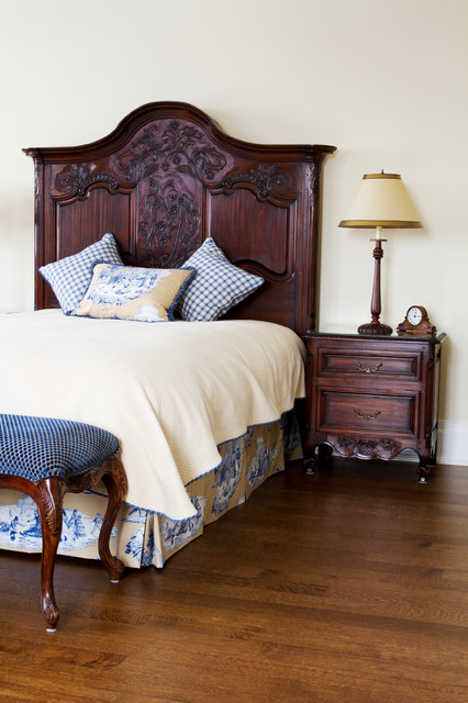 Furniture meubles traditional bedroom montreal for Bedroom furniture montreal