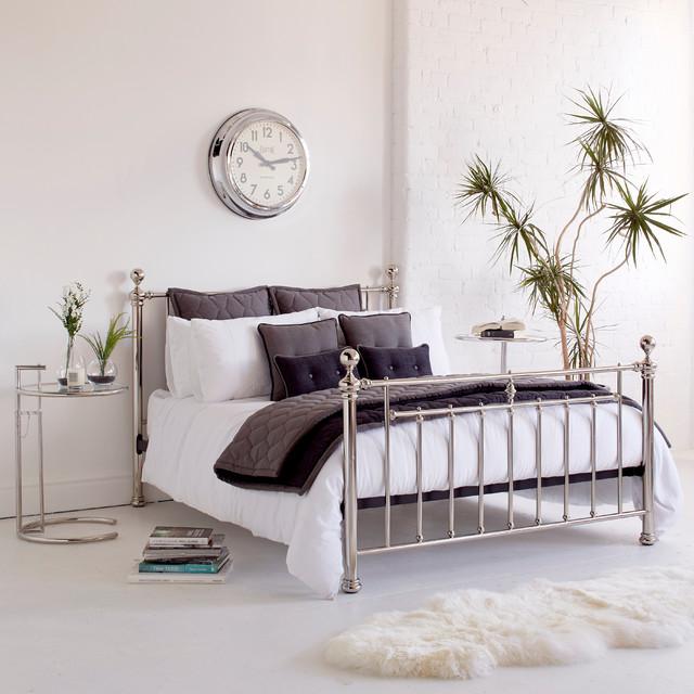 garret bed classique chic chambre autres p rim tres par bluesuntree. Black Bedroom Furniture Sets. Home Design Ideas