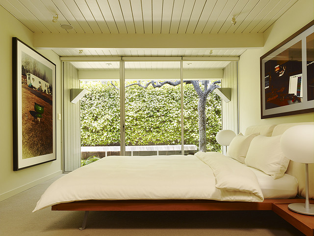 Gary Hutton Lagoon House contemporary bedroom